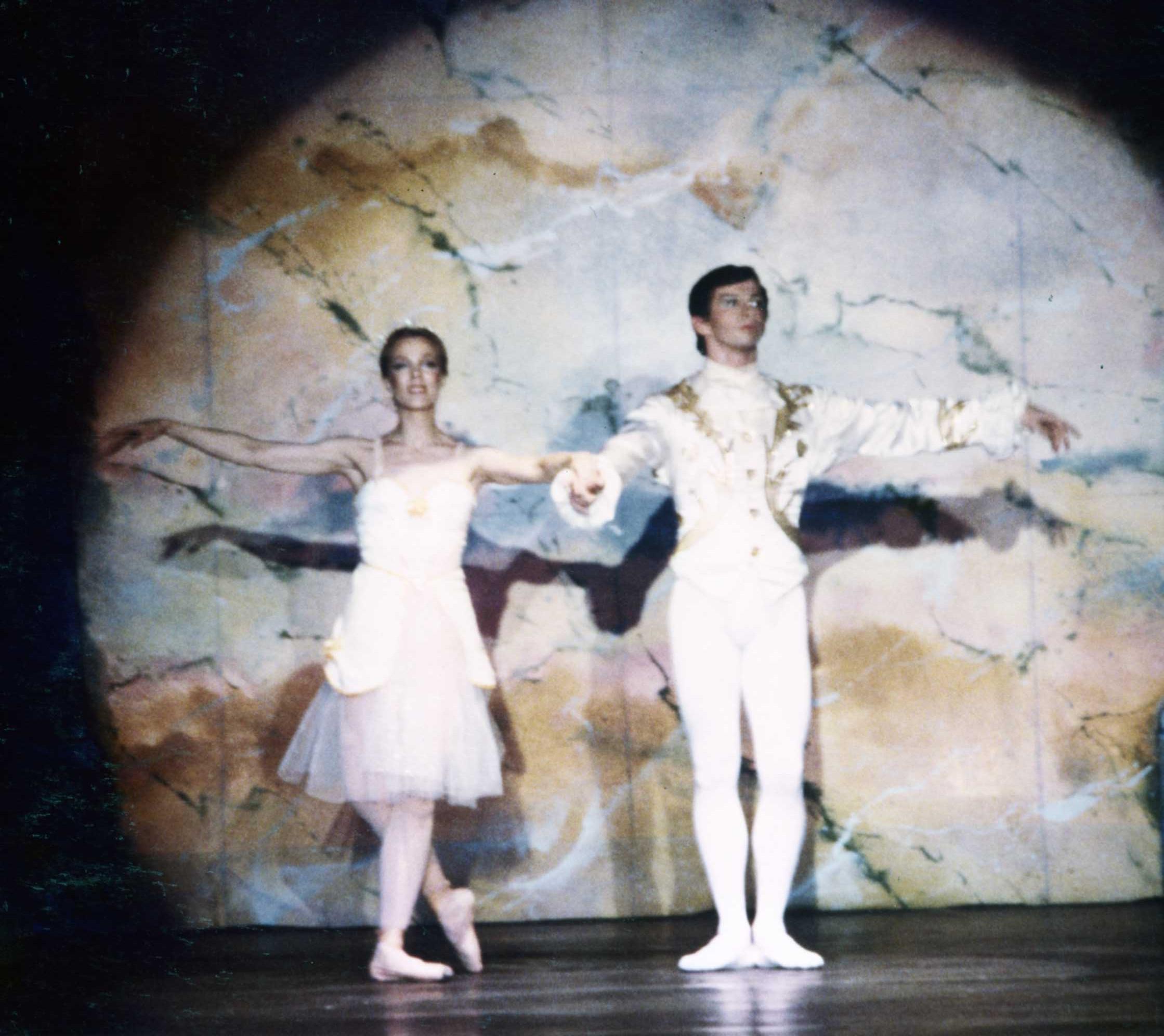 Glenn White & Zina Bethune